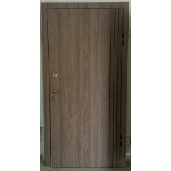 Входна врата Ламинат с фрезовка